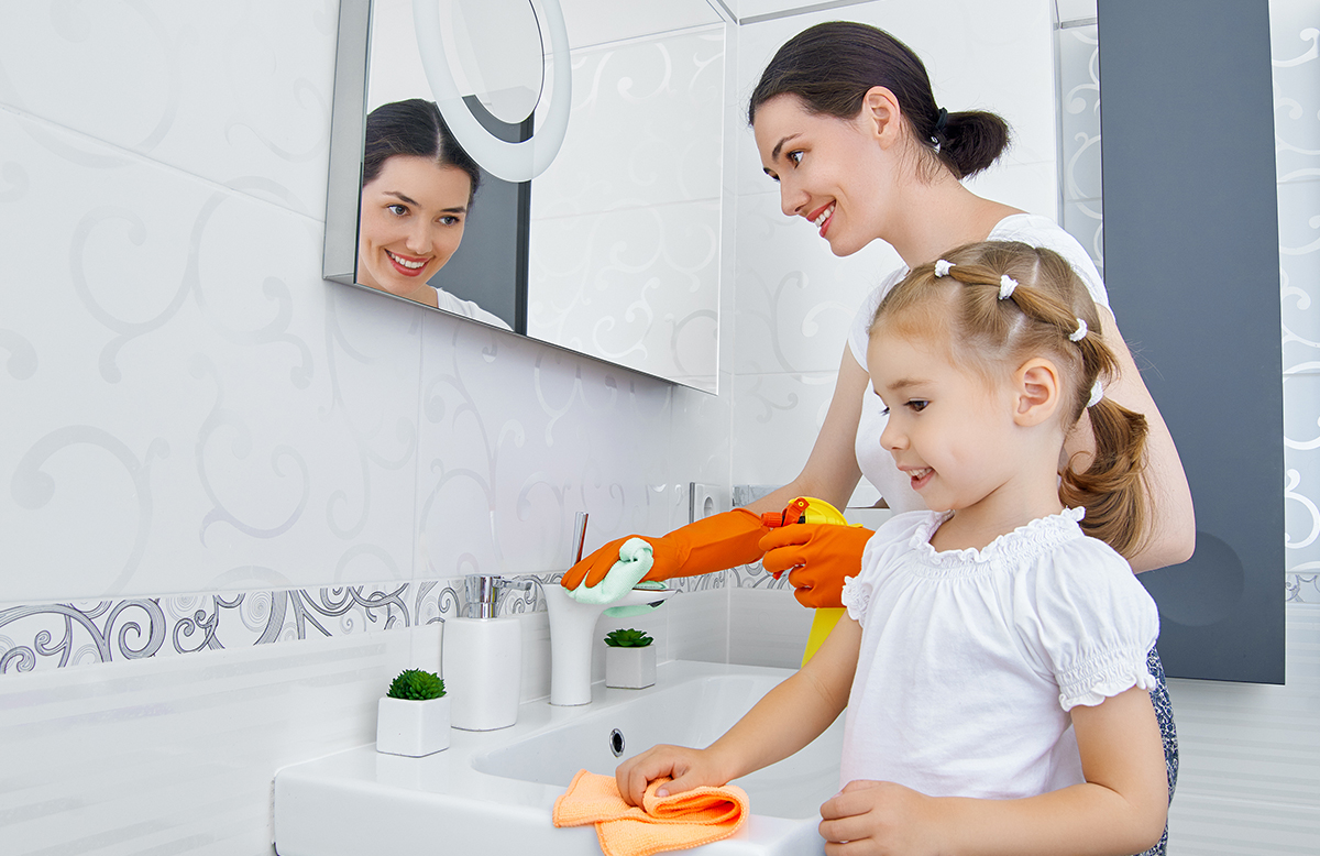 Non-Toxic Bathroom Cleaner